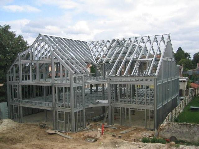 Maison ossature metallique : Pourquoi construire une maison en acier ?