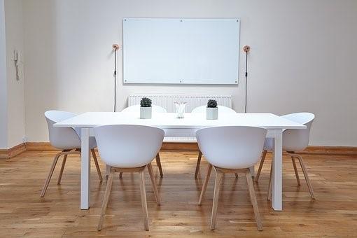 Bien choisir son parquet de bureau pour un meilleur environnement de travail