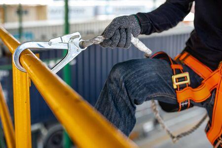 Le matériel nécessaire pour sécuriser les travaux en hauteur