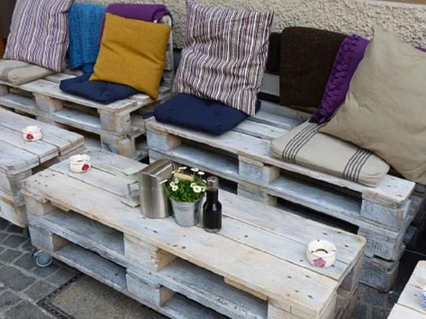 8 façons créatives de recycler les palettes en bois